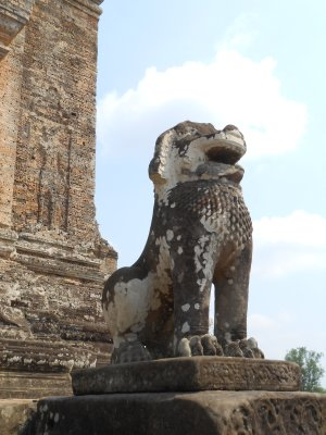Lions protecting East Mebon temple