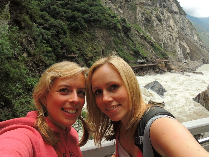 Tam and Jo at Tiger Leaping Gorge