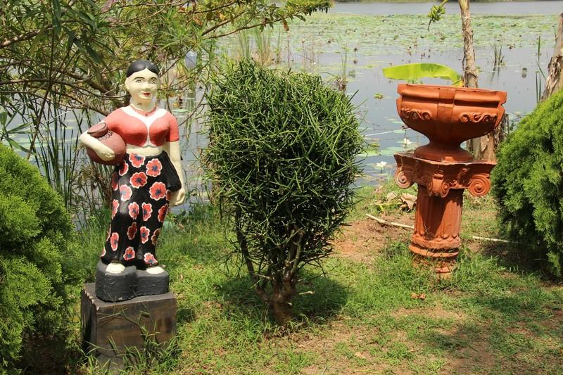 Anuradhapura Lakeside