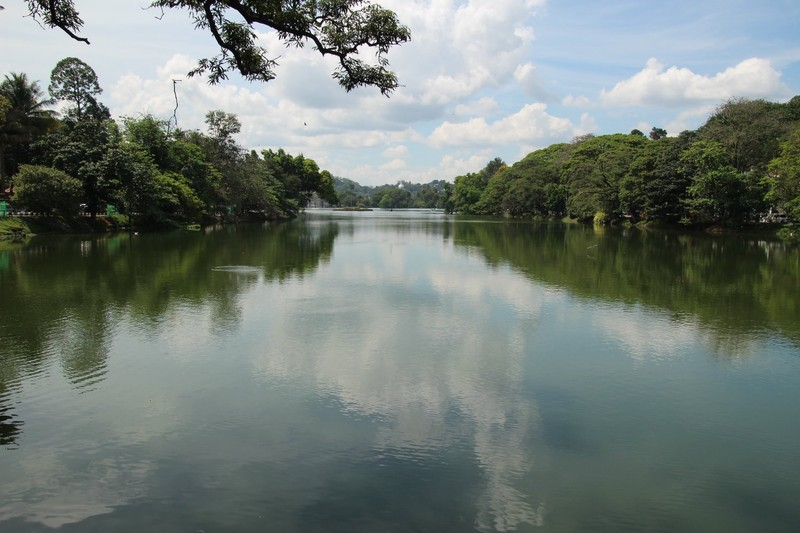 The lake in Kandy