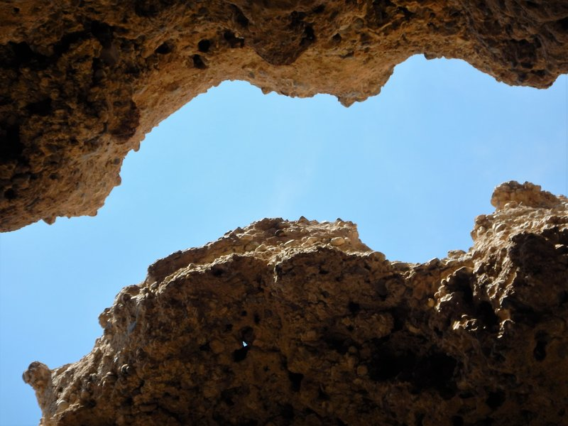 Looking up in the Sesriem Canyon