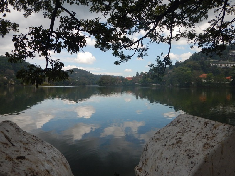 Kandy Lake in the early morning