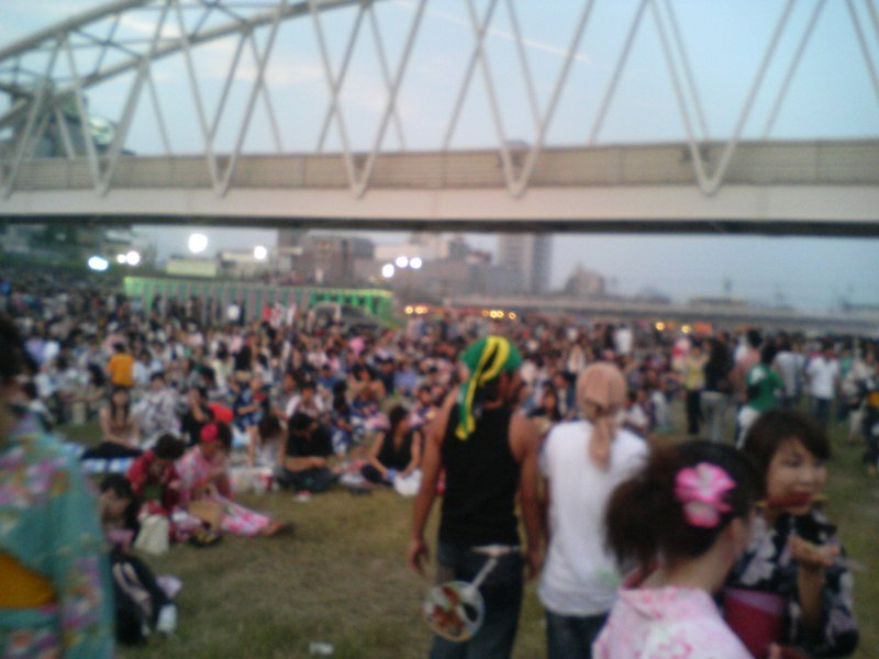 Yodogawa Hanabi - Crowds 3