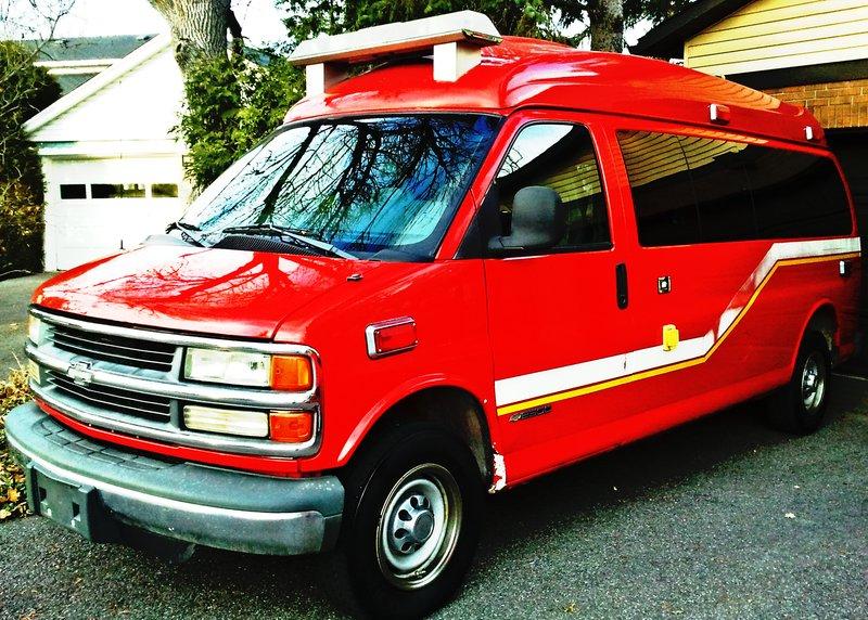Big.Red.Van.