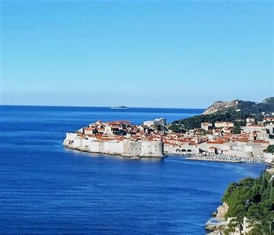 Dubrovnikwallsfromapartment.JPG