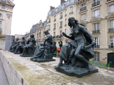 Paris: The Continents