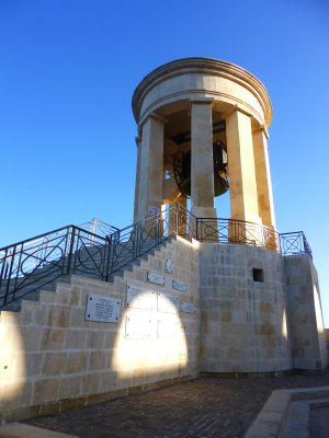 Valletta: Seige Bell Memorial