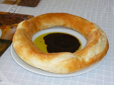 Turkish ring of bread