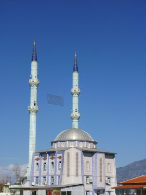 One of a half dozen mosques in the small town of Kinik
