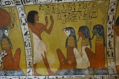 Egypte-Gra..s_bij_Luxor.jpg