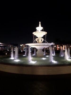Ritz_Fountain.jpg