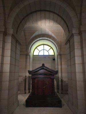 Pantheon: Rousseau's coffin
