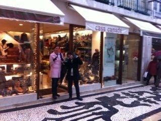 Shopping for gloves in rainy Lisbon
