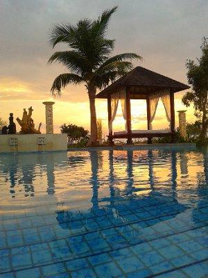Jayakarta Flores Swimming Pool view