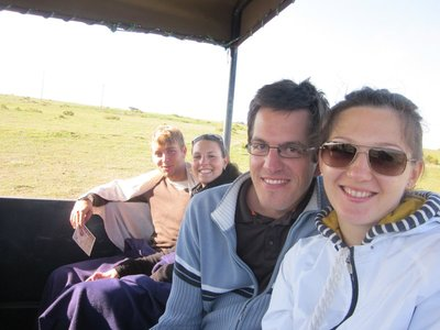 kleine Safari: Armin und Inna (im Hintergrund wir :))
