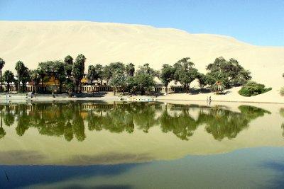 Huacachina desert lagoon oasis