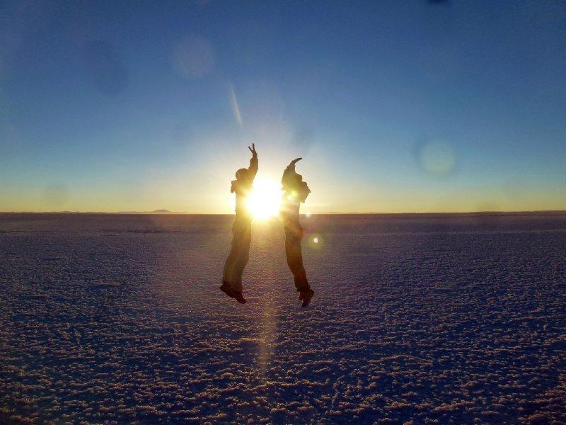 Sunrise High Five - Salar de Uyuni