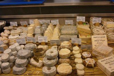 Food stands in Bordeaux´s market