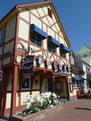 A colourful Danish restaurant in Solvang