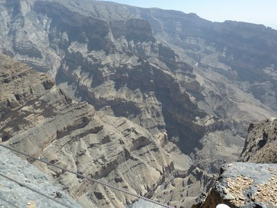 Looking over the edge at Jebel Shams