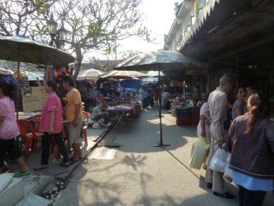 Street Market by the Chang Pier on the way to the Grand Palace
