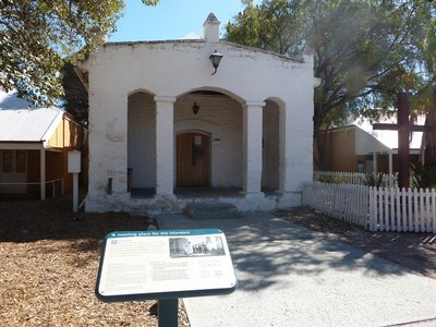 The Old School and Chapel at Thomson Bay