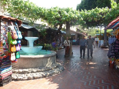 The fountain on Olvera Street