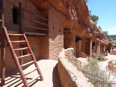 Another view of the Manitou Cliff Dwellings