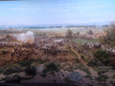 Cyclorama - looking west as Pickett's charge reaches 'The Angle'