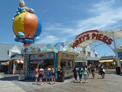 Entrance to Morey's 'Mariner's Landing' Amusement Pier at Wildwood