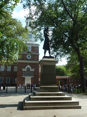 Commodore Barry's Statue and the back of Independence Hall in Independence Square