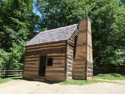 Slave cabin on the Pioneer Farm at Mount Vernon