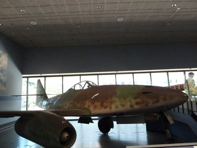 Messerschmitt Me 262 - the world's first operational fighter jet (1944)