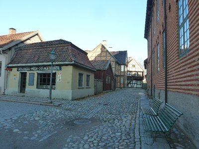 A street in Old Town with buildings from the late 19th/early 20th centuries at the Norsk Folkemuseum