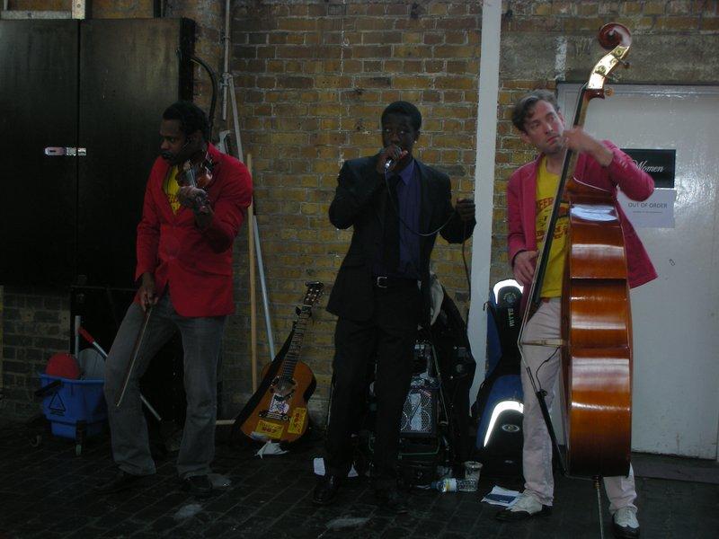 Brick Lane in East London - Street Music
