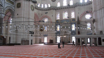 03052012 2 Inside Suleiman's Mosque in Istanbul
