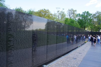 National Vietnam War Memorial with 58 822 names on those who lost their lives on the wall