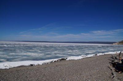 Yellowstone  Lake  4