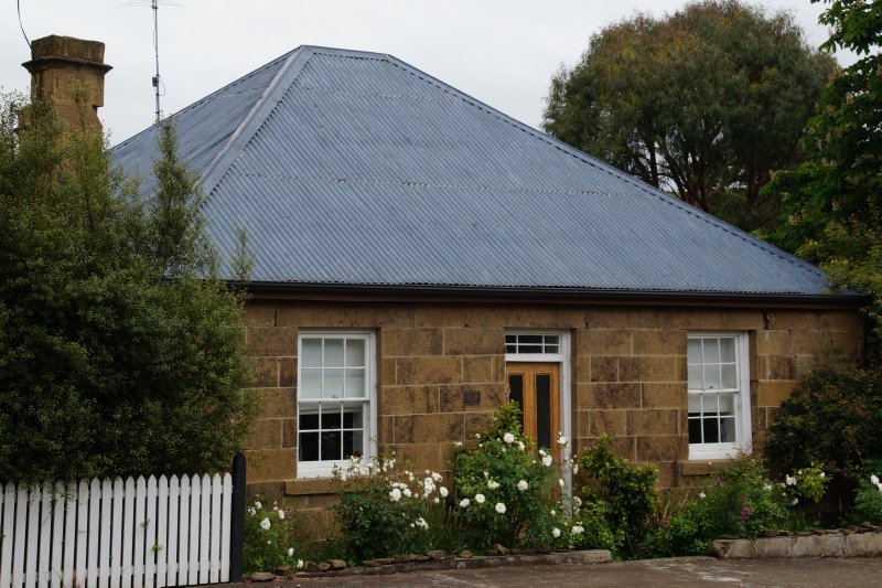 1830 stone house, Hamilton