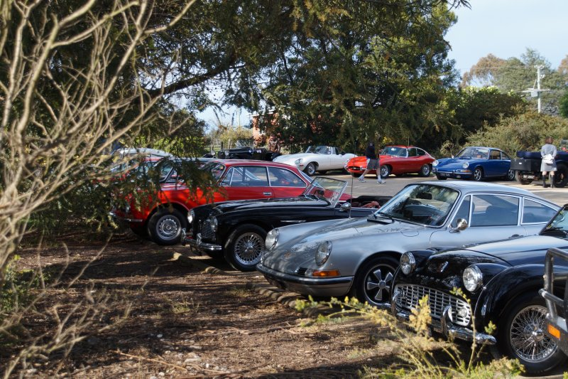 Car club at breakfast stop at The Raspberry Farm