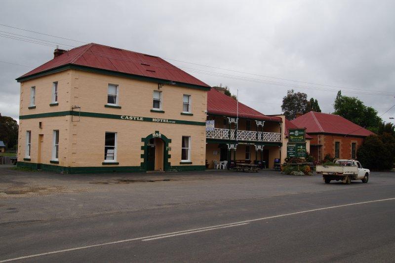 Castle Hotel 1829 Bothwell