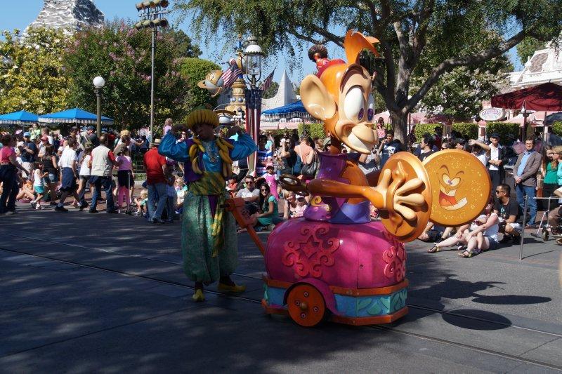Disneyland  Parade 5