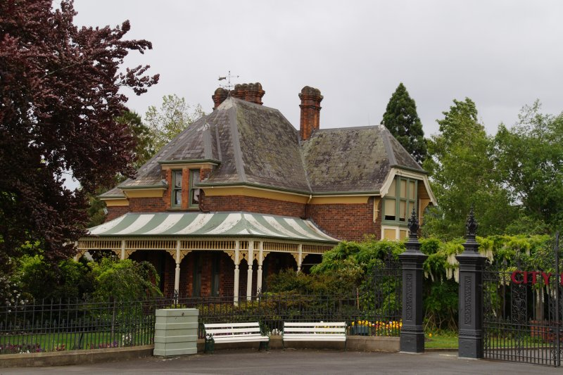Gamekeepers Cottage in royal Albert Park