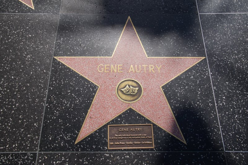 Gene Autry - only starr awarded a star in all 5 categories