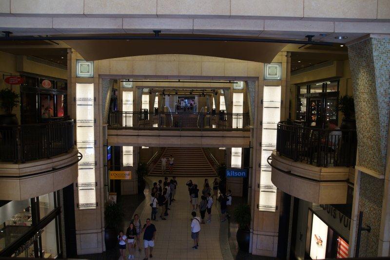 Highland Hollywood Center - Oscars Awards red carpet entrance