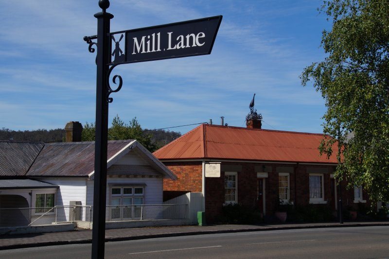 Mill Lane, Callington Mill at Oatlands