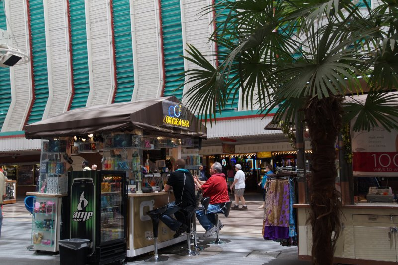 Oxygen stall Freemont Street Las Vegas