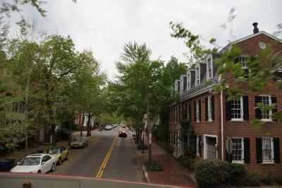 Georgetown street scene[img=https://photos.travellerspoint.com/568282/oldest_hou..eorgetown_1.jpg caption=Oldest house in Georgetown