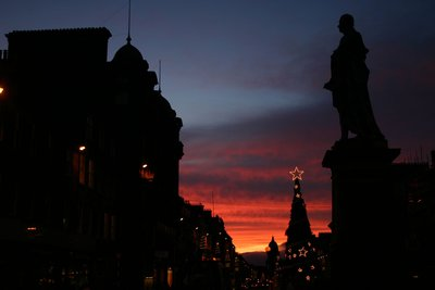 Sunset over the city of Edinburgh