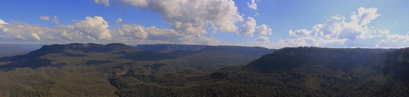 large_Blue_Mountains_1.jpg